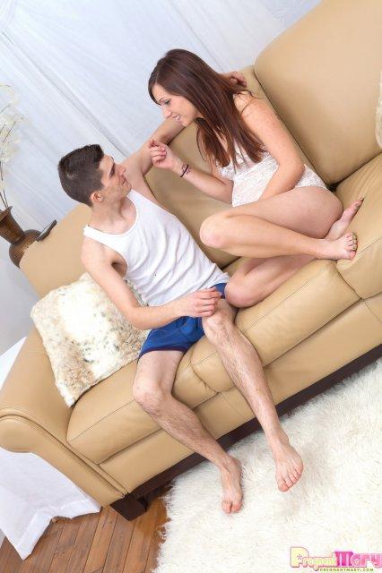 Жесткий секс с русской девушкой