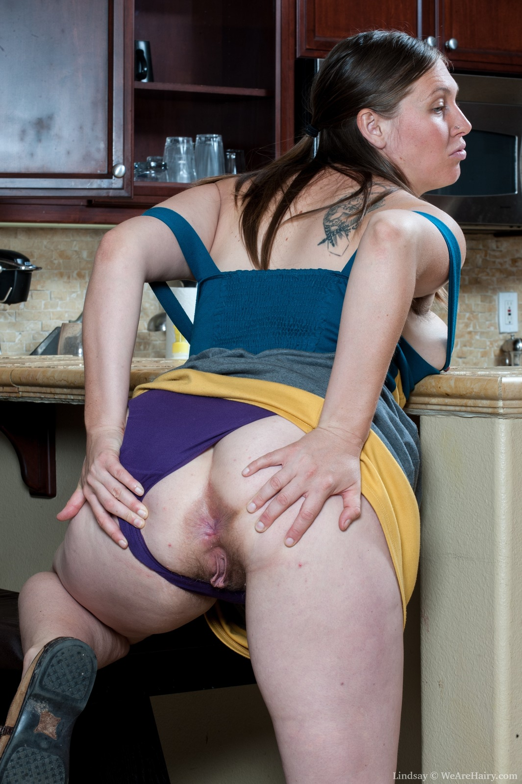 Секс на кухне фото частное