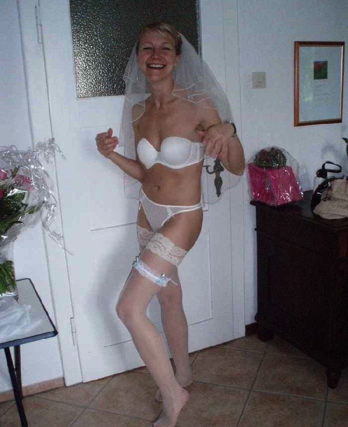 Порнуха невесты в чулках, девчонки в мисс русская ночь видео онлайн
