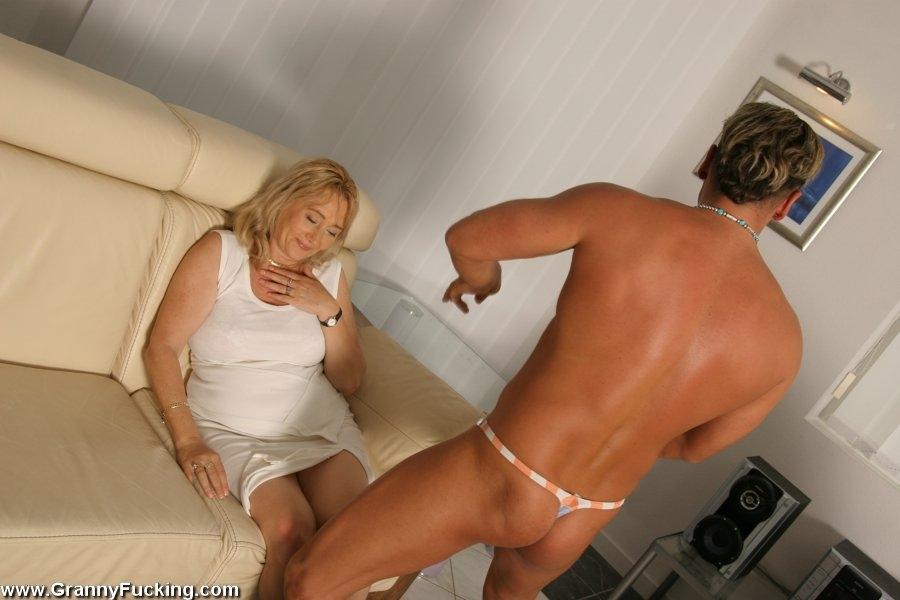 Порно пожилые влагалище фото — pic 7