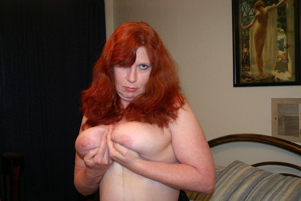 Рыжая бабушка порно фото