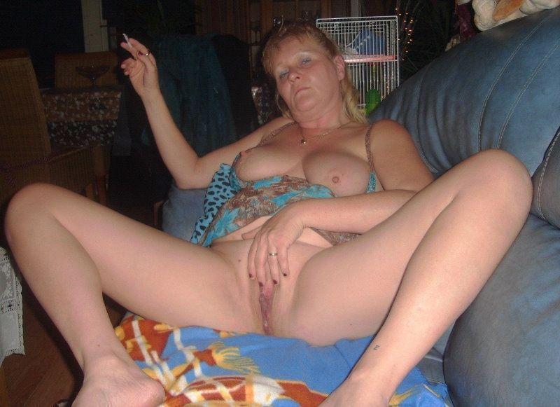 Старухи порно позируют