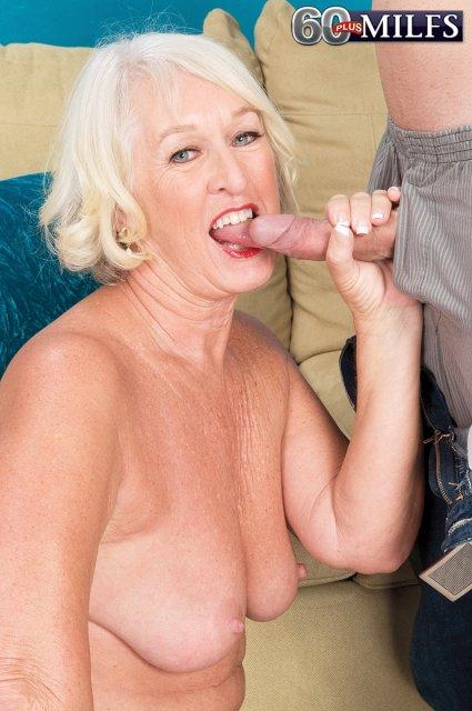 мама в чулках занимается с сыном сексом фото